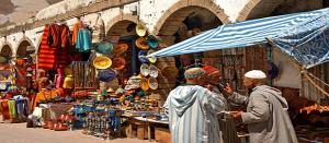 البائع في السوق