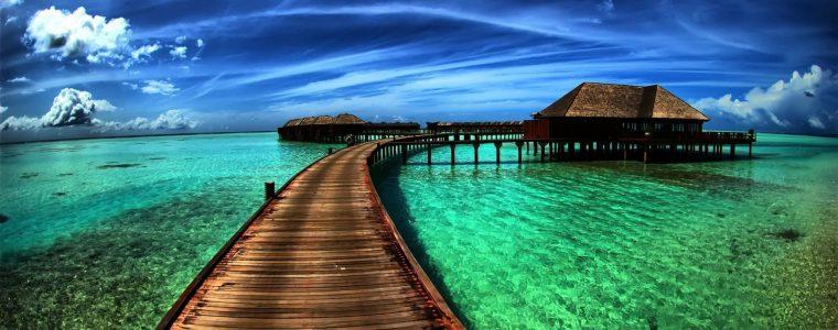 السباحة نعمةٌ في حر الصيف.. إذا احتُرمت الضوابط!