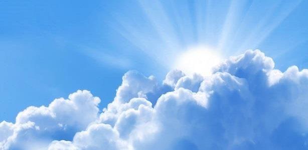 من هم الملائكة ؟ وما أعمالهم وصفاتهم و أثر الإيمان بهم؟