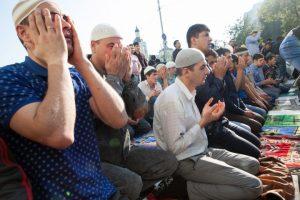 راعى الإسلام في تشريعاته أحوال الناس
