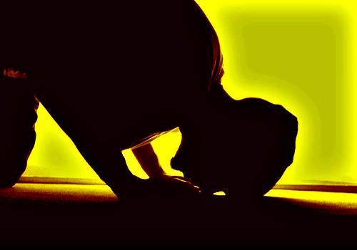 Cómo se hizo el Salat (las cinco oraciones diaria preceptivas) obligatorio
