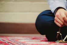 El Dhirk, recuerdo de Allah, es el medio por el cual nos entrenamos para aumentar la presencia del corazón en la oración