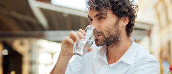 Cómo mantenerse hidratado y no tener sed en Ramadán