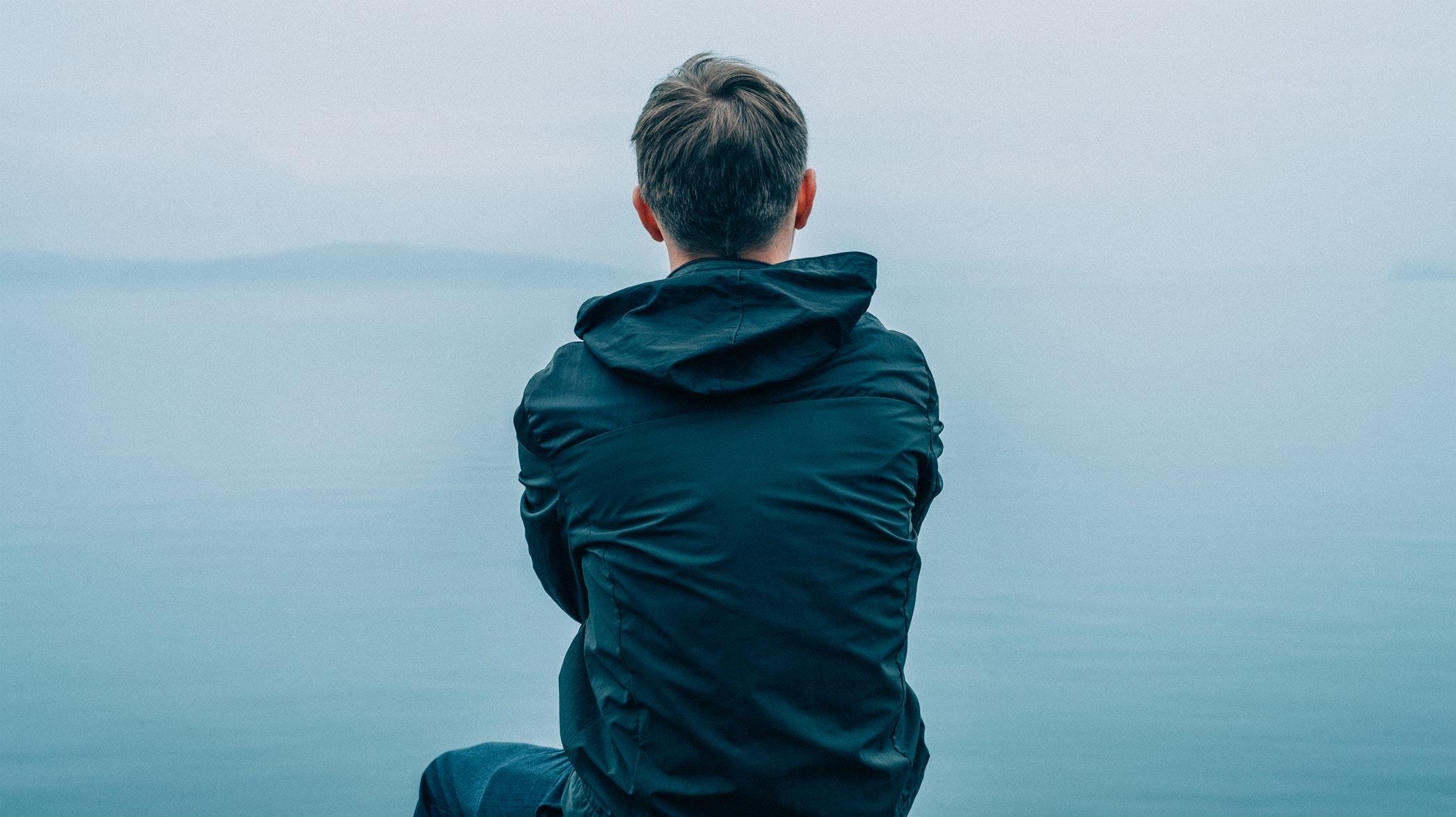 Si bien se ha escrito mucho sobre el habla humana y la distinción que otorga a nuestra especie, se ha prestado mucha menos atención a la capacidad humana de escuchar.