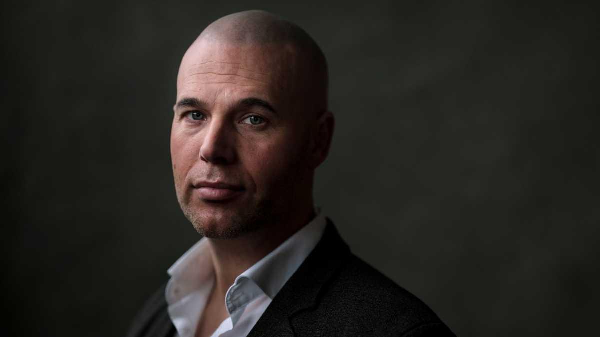 Joram Van Klaveren, ex-diputado de extrema derecha holandés, se hace musulmán mientras estaba en proceso de escribir un libro crítico sobre el Islam