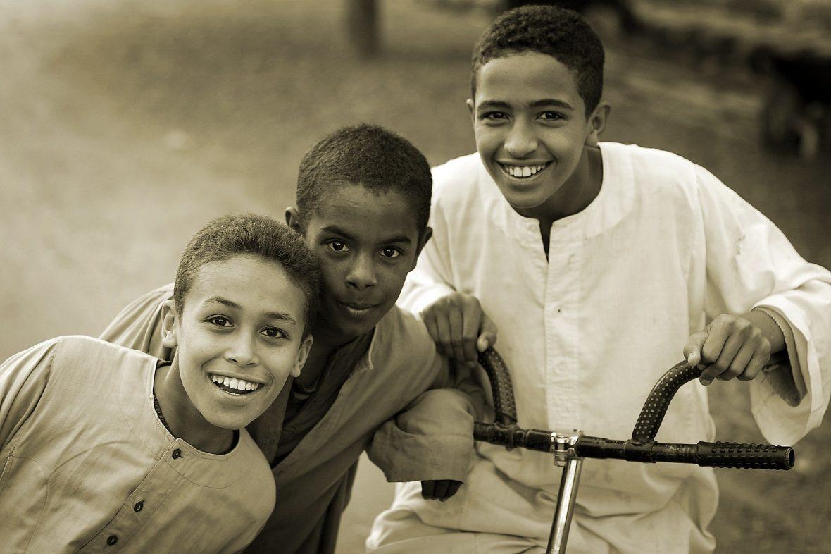Parte de la sabiduría del día del 'Id es transmitir a nuestros hijos la importancia, disfrute y alegría de este día para que siente orgullosos
