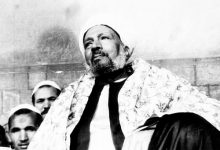 Un corazón lleno de creencia cuenta la anécdota de cómo su maestro instaló el amor por la creencia por encima de todo en el corazón de Shaij Salih Al Jafari