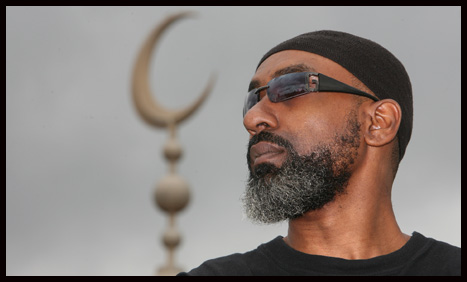 Famous singer tells his story on why he chose Islam? Abdullah Rolle