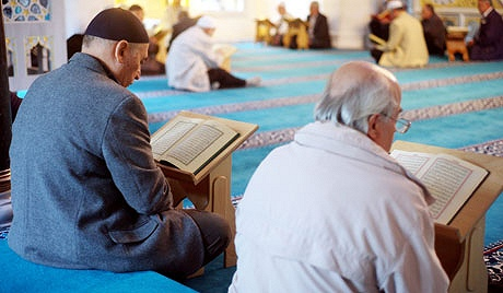 Between Ramadan, the Qur'an and our hearts is a unique relationship. How can we take better advantage of Ramadan developing and nourishing this relationship, achieve the real purpose of fasting, taqwa?