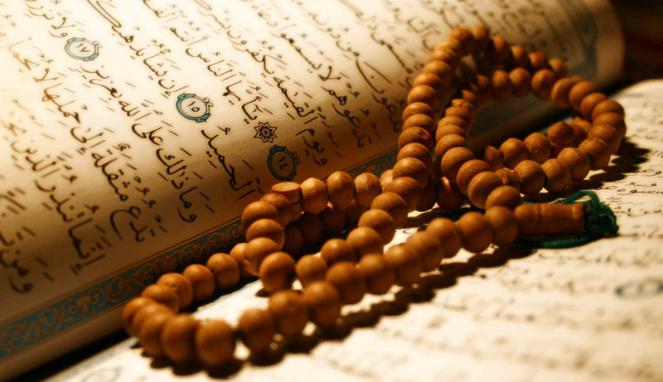 How does the Qur'an define the believers? How does it construct man to conduct? Is true belief about sincere worship or one's personal and social conduct? What does Islam regulate our life and behavior?