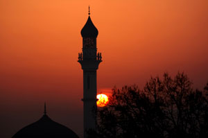 What relationship was between our Prophet Muhammad (peace be upon him) and Prophet Abraham (peace be upon him)? What message were they following?
