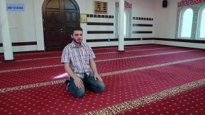 A new Muslim offers prayer - Step by Step Guide to Prayer