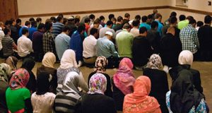 American Muslim Poll: Muslim Community Is Both Pious & Patriotic