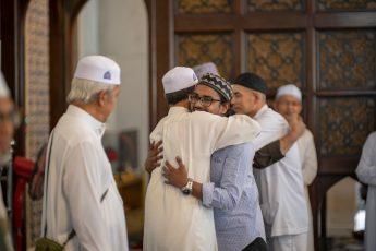 Four Reasons Make Us Convert to Islam