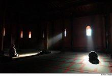 Is Qunut Obligatory in Witr Prayer